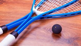 What is the best tension to play squash?