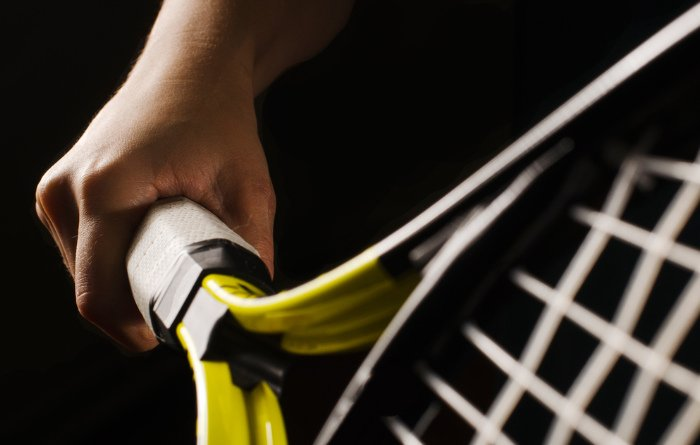 holding grip tennis racket